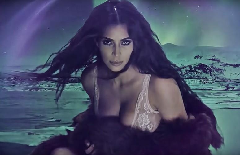 kim-kardashian-advent-2016